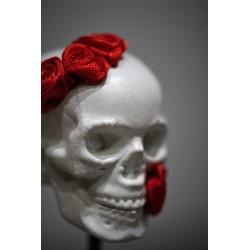 TBO - Tête de mort en béton avec fleurs
