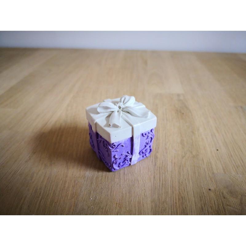 TO BET ON - Cadeau violet