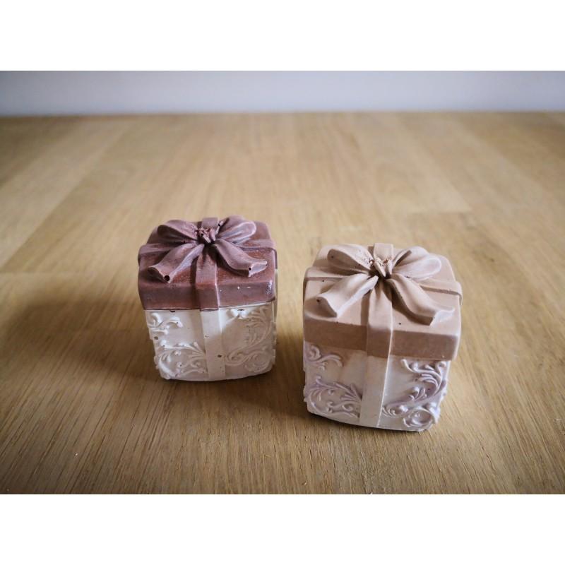 TO BET ON - Cadeau marron